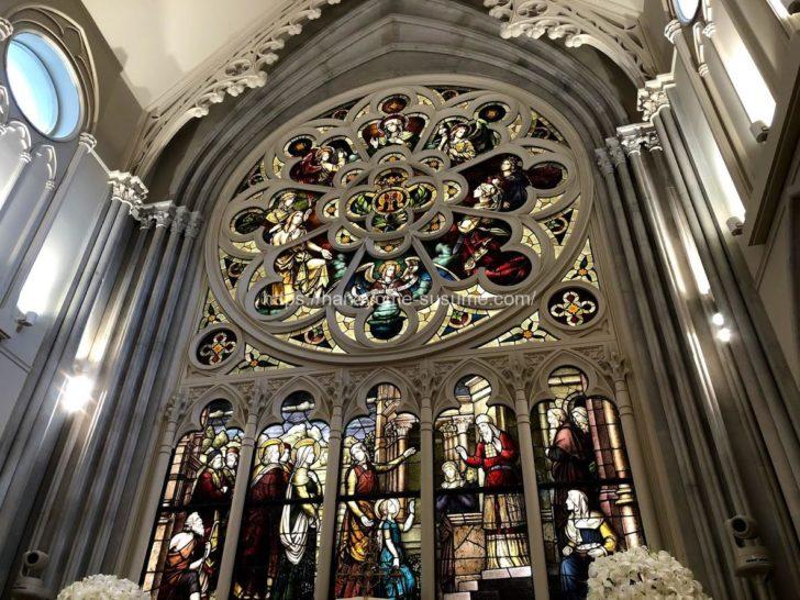 伊勢山ヒルズのチャペル「セントグレース大聖堂」のステンドグラス