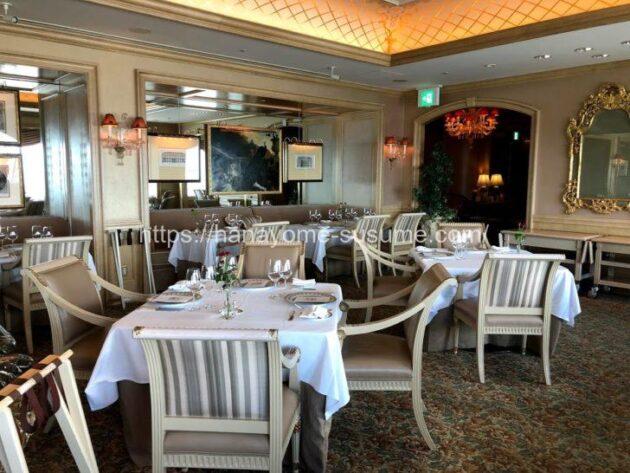 横浜ロイヤルパークホテルのフレンチレストラン「ル・シエール」を新郎新婦側から見たイメージ