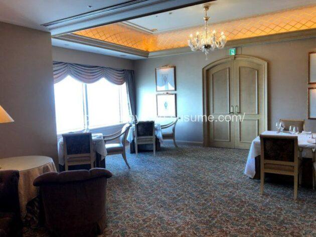 横浜ロイヤルパークホテルのフレンチレストラン「ル・シエール」の個室