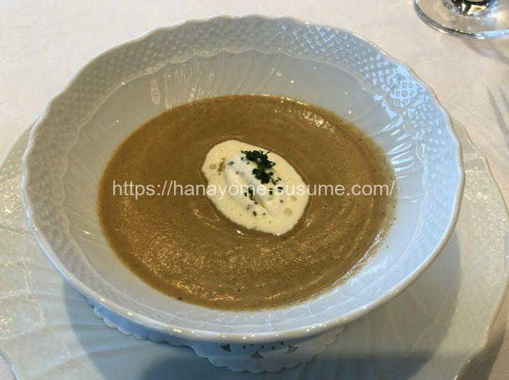 山手ヘレン記念教会のスープ料理
